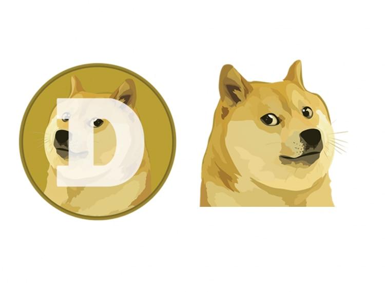 A esquerda da imagem, está o símbolo da Dogecoin. Um desenho da foto do cachorro Shiba Inu está no centro de um círculo bege. O rosto do cachorro está direcionado para o lado, e ele olha pela visão lateral para a frente da tela. Parece uma pessoa com olhar de desdém. Em cima dele, a letra D é visível. No canto direito da tela, está o mesmo desenho do cachorro, sem a letra na frente e o círculo em volta e espelhado para o lado oposto da imagem anterior.
