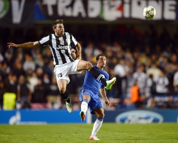 Oscar marca duas vezes para o Chelsea 93ec714c4ec8c
