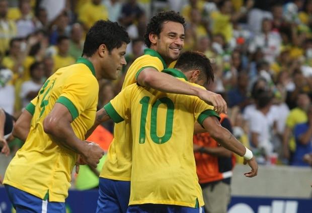 1e850b2723 Brasil e Inglaterra empatam na reabertura do Maracanã - Esportes ...
